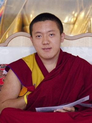 - Visite de Dilgo Khyentsé Yangsi Rinpoché 2014 Kyr_po12