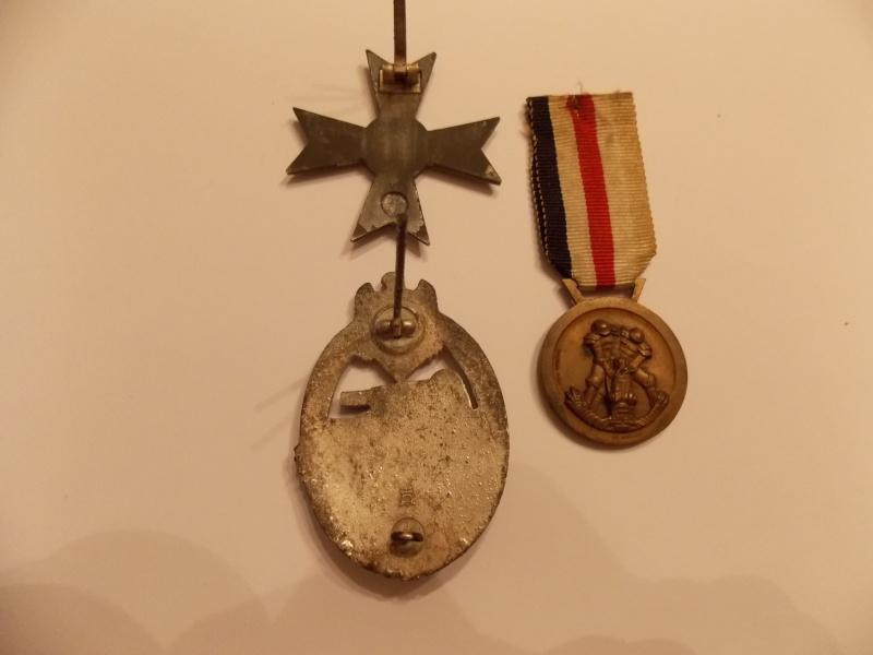 Vos décorations militaires, politiques, civiles allemandes de la ww2 - Page 9 Dscn0018