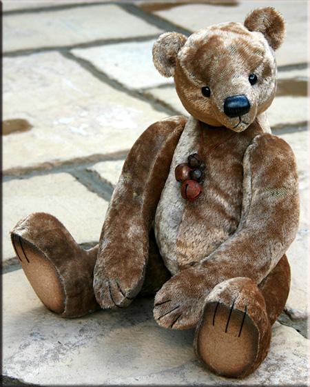Archibald, a bear with a past! Archib10