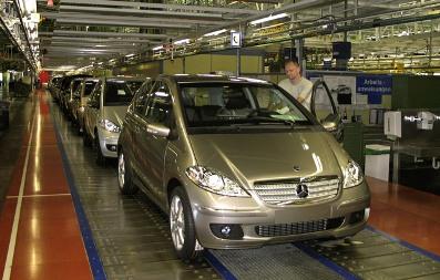 Mercedes: 45 000 carros a menos em 2008 Linha-10