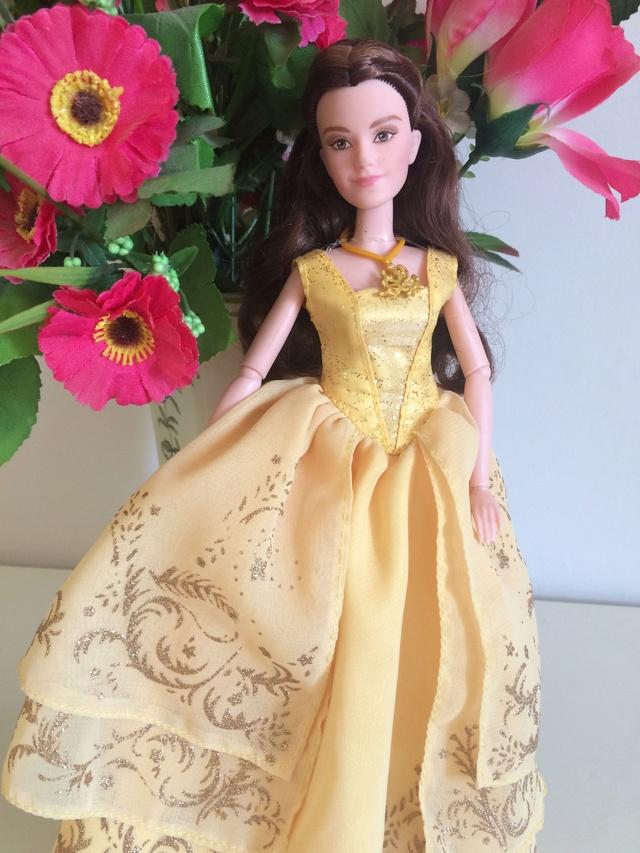 Ma collection des poupées des films de DISNEY - Page 8 Img_2014