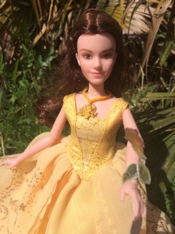 Ma collection des poupées des films de DISNEY - Page 8 Img_3019