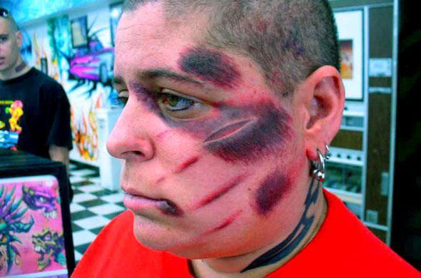 Photos tatouages insolites :S Diapo_15