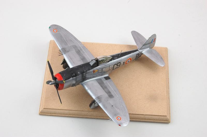 [Revell] Republic P-47 D30 - Occupation  Dsc_0483