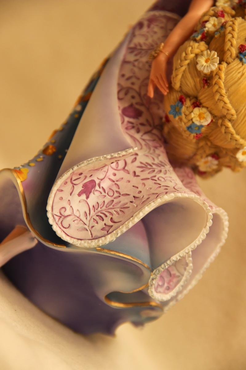 Disney Haute Couture - Enesco (depuis 2013) - Page 2 Img_2415