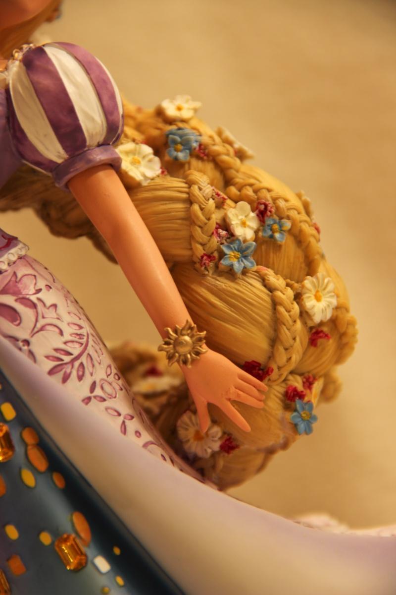 Disney Haute Couture - Enesco (depuis 2013) - Page 2 Img_2418