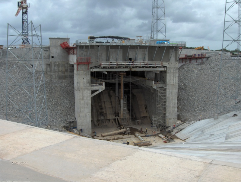 Etat d'avancement du chantier Soyouz en Guyane (Sinnamary) - Page 5 Hpim4114
