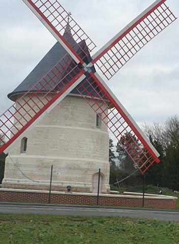 Moulin Basile, ancien moulin à vent 81578810