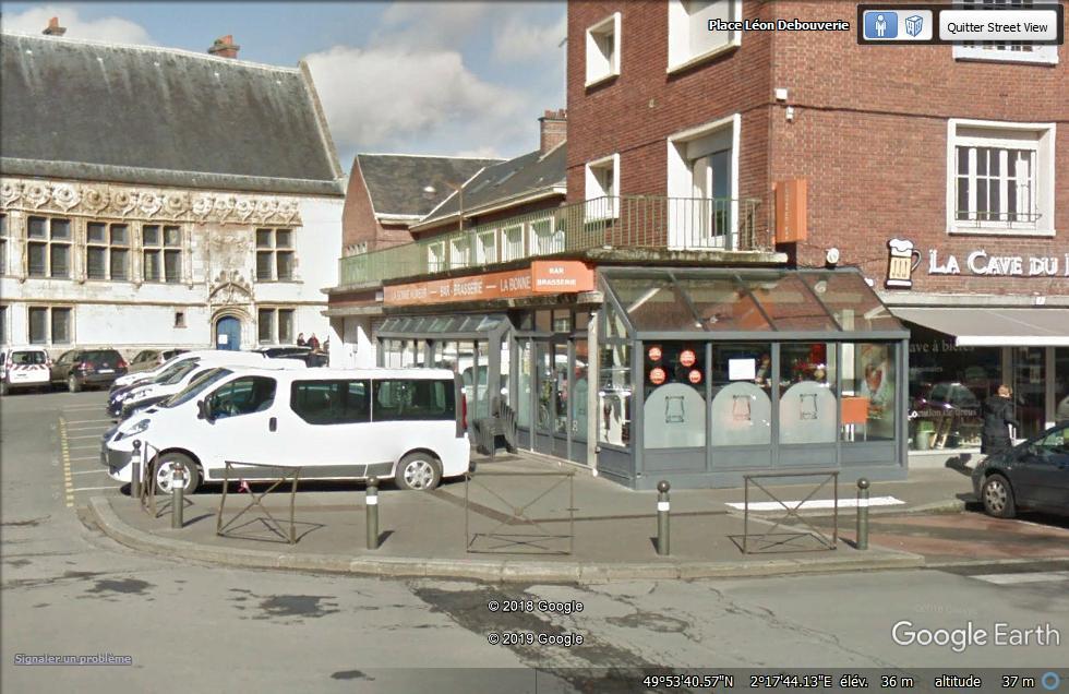 Un trou géant s'est brutalement ouvert dans le sol à Amiens  La_bon10