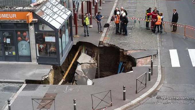 Un trou géant s'est brutalement ouvert dans le sol à Amiens  Trou_a11