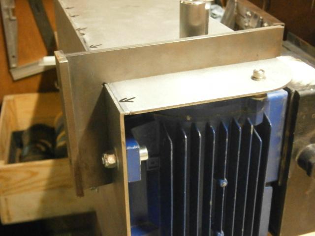 [projet] fabrication d'un Backstand horizontale/verticale - Page 2 Pc180517
