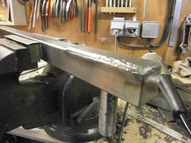 [projet] fabrication d'un Backstand horizontale/verticale - Page 2 Pc230311