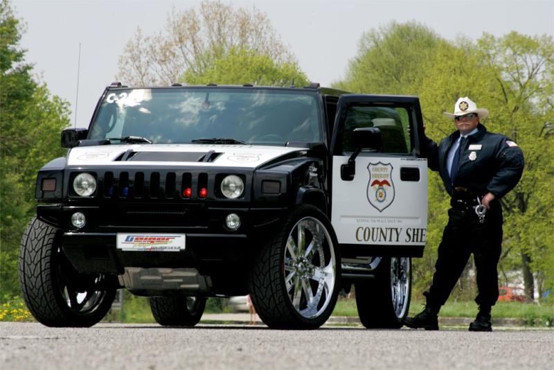 صور سيارات شرطه في العالم Red2710