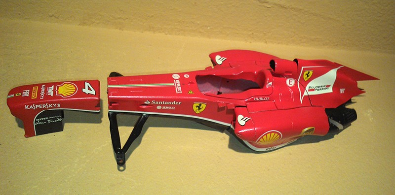 Ferrari F138 Fujimi - Page 2 Img_2187