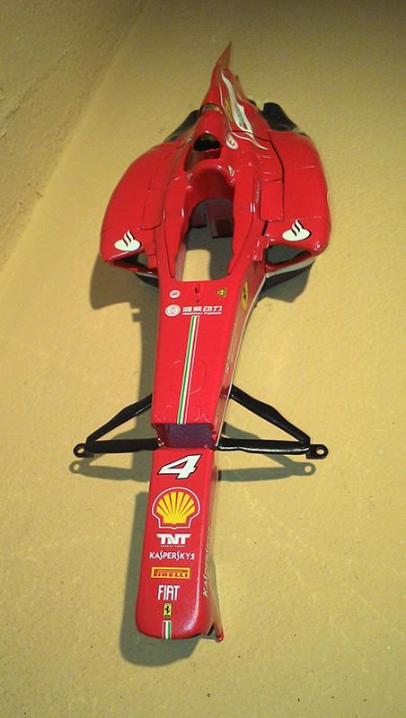Ferrari F138 Fujimi - Page 2 Img_2188