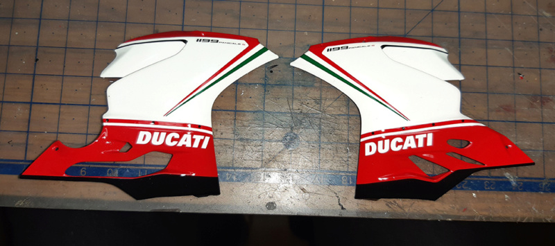 Ducati Panigale Tricolore Kqcvzx10