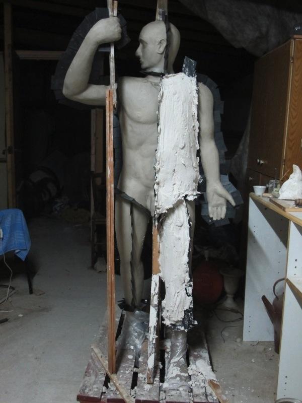 construction d'un bonhomme en terre Img_5832