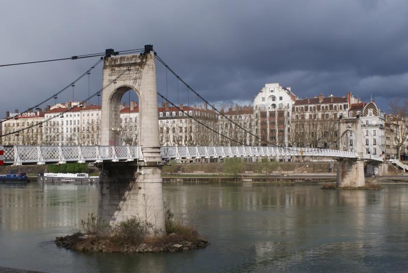Les ponts de Lyon, passage obligé de toute visite 02310