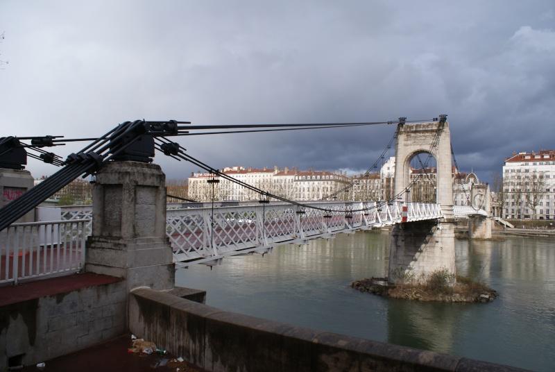 Les ponts de Lyon, passage obligé de toute visite 02510