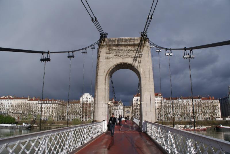 Les ponts de Lyon, passage obligé de toute visite 02810