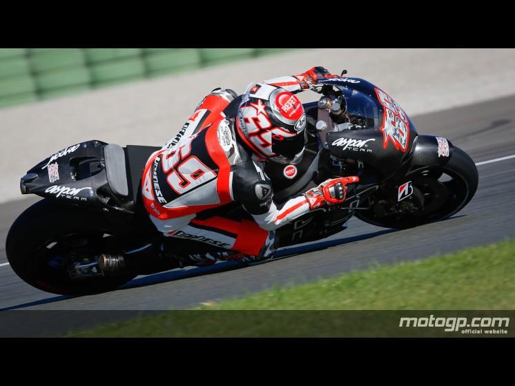 motoGP 2014 - Page 2 69hayd10