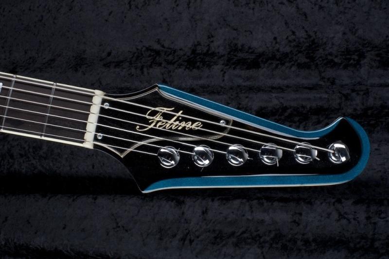 type fender jaguar thinline avec vibrola Image12