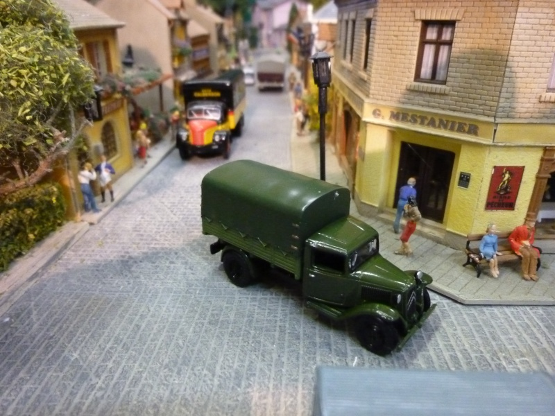 véhicules année 1950. P1070610