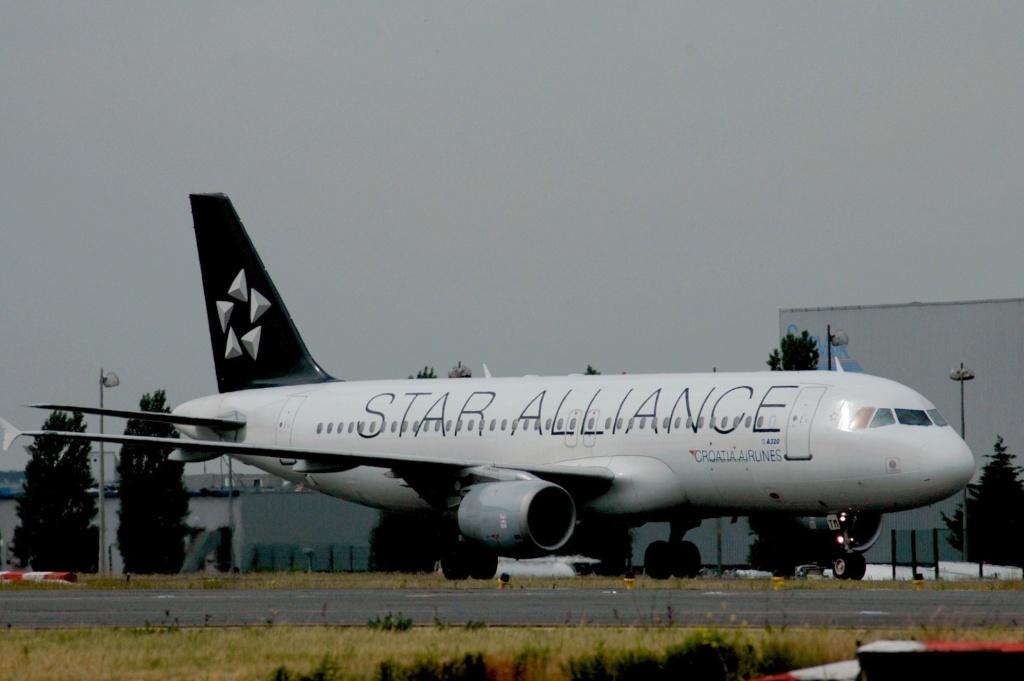 Paris Orly Charles de Gaulle juin 2005 9a-ctm10