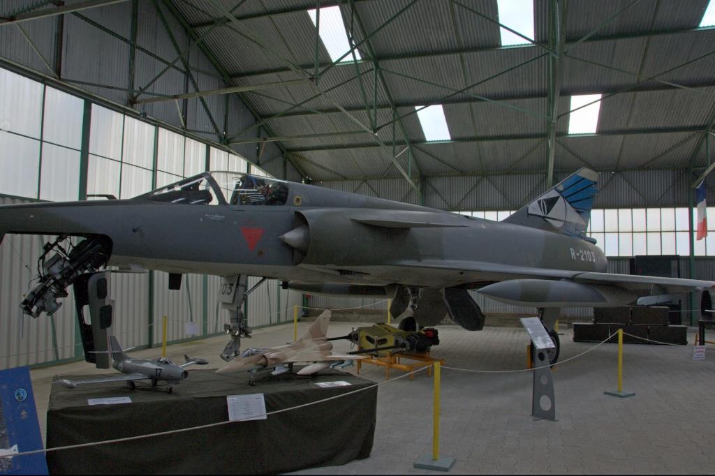 Musee de l'aviation de chasse de Montelimar - Page 2 M_iiir10