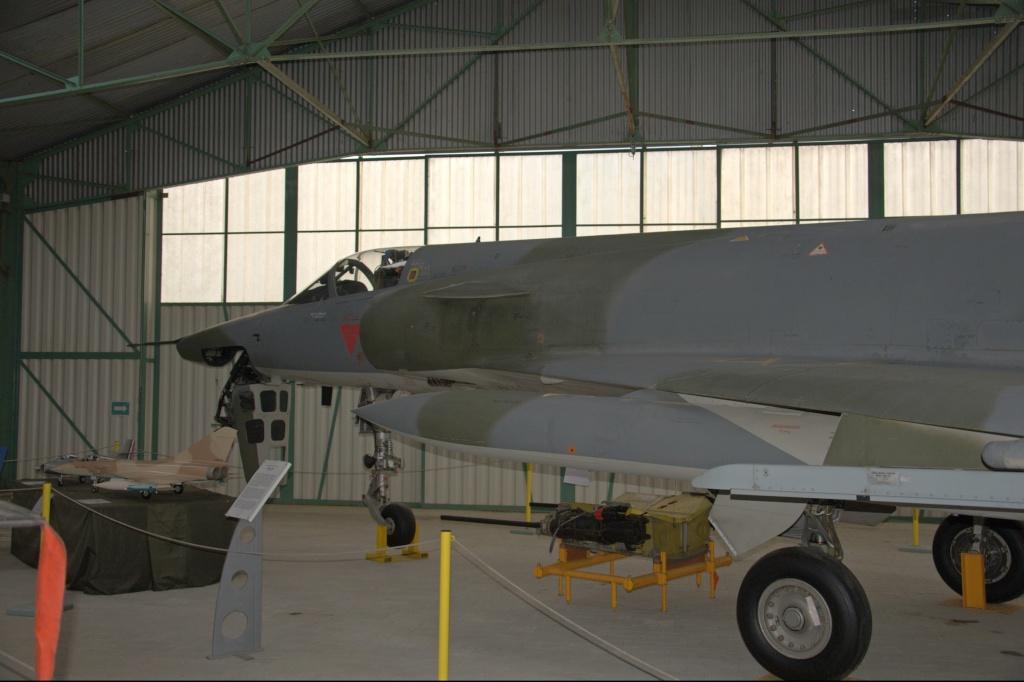Musee de l'aviation de chasse de Montelimar - Page 2 M_iiir11