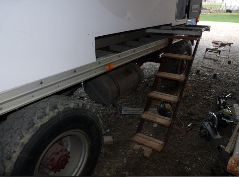 camping car à partir d'un Renault 110-170 4x4 : A7310