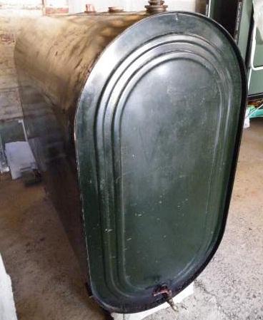 cherche photos de la remorque faite avec une cuve Cuve10