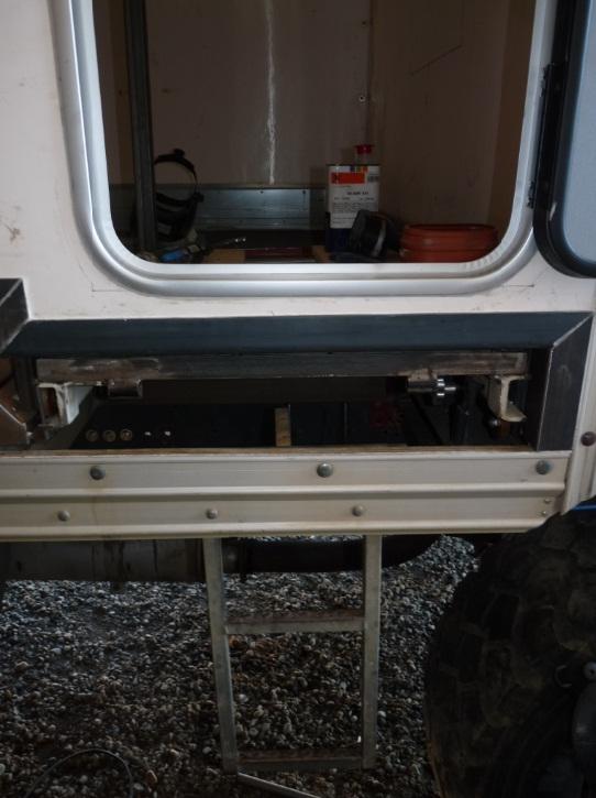 camping car à partir d'un Renault 110-170 4x4 : D2710