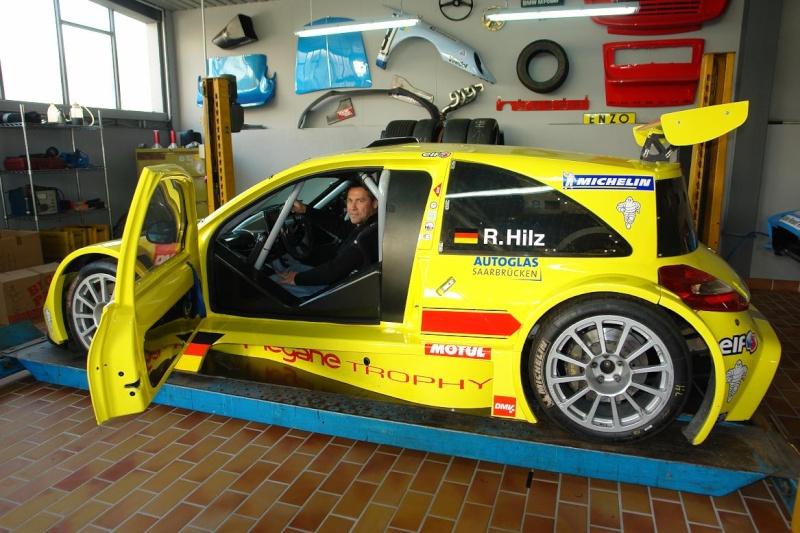Un monstre Renault !!!!!! Dsc05510