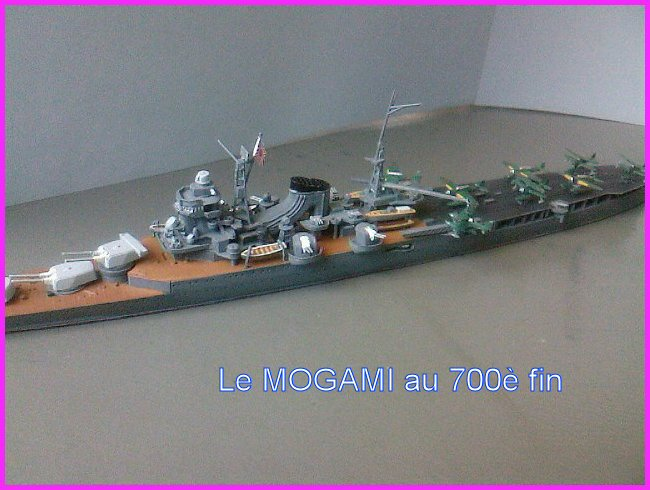 IJN MOGAMI  par l'ancien au 700 ème - Tamiya Mogami17