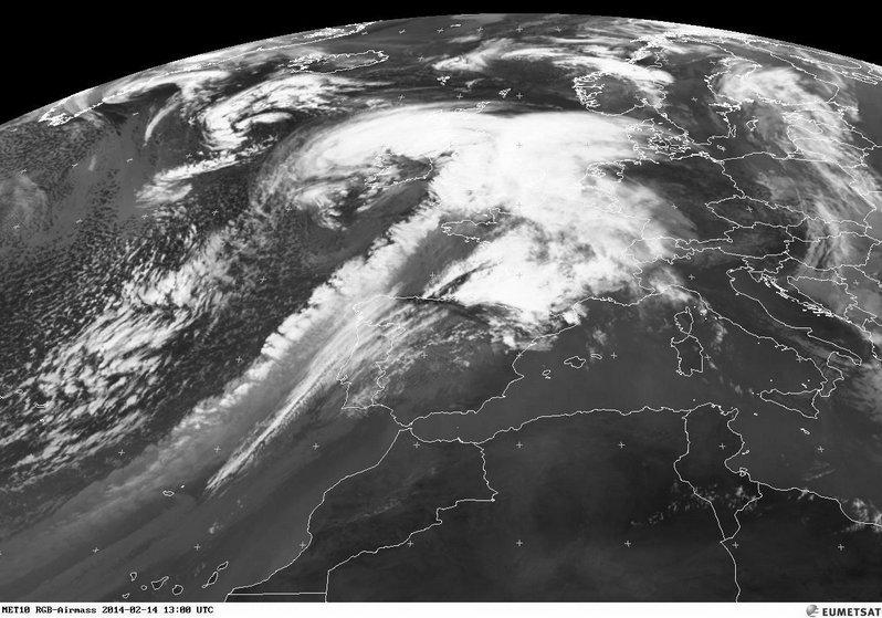 phénomènes climatiques à répétition : cyclones - Page 2 Cart1410