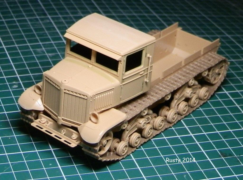 Tracteur d'artillerie Voroshilovets et canon sK.18 10,5cm [1/35 Trumpeter] P2133310