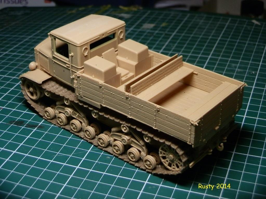 Tracteur d'artillerie Voroshilovets et canon sK.18 10,5cm [1/35 Trumpeter] P2133311