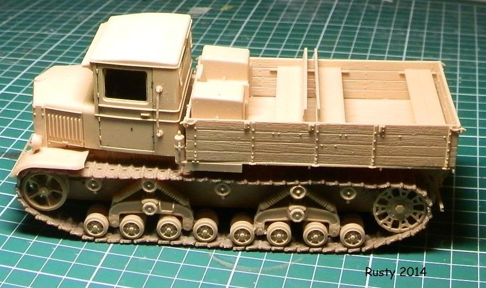 Tracteur d'artillerie Voroshilovets et canon sK.18 10,5cm [1/35 Trumpeter] P2133312
