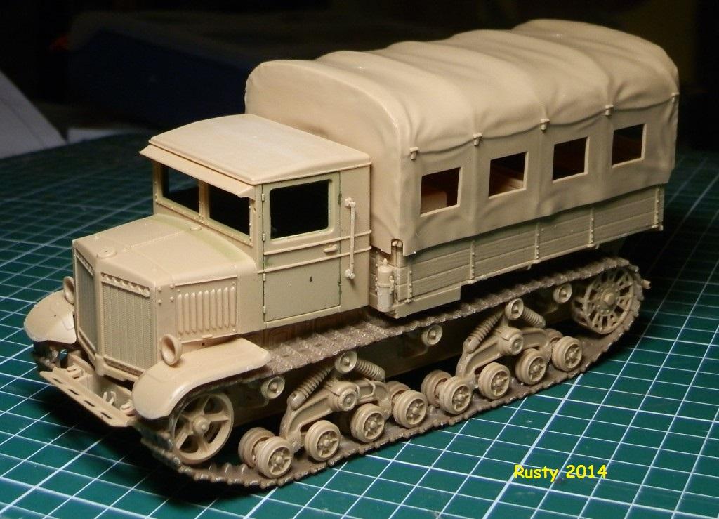 Tracteur d'artillerie Voroshilovets et canon sK.18 10,5cm [1/35 Trumpeter] P2133412