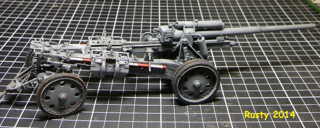 Tracteur d'artillerie Voroshilovets et canon sK.18 10,5cm [1/35 Trumpeter] - Page 2 P2173413