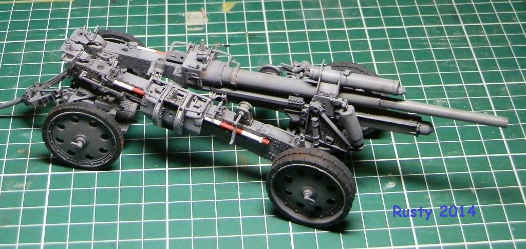 Tracteur d'artillerie Voroshilovets et canon sK.18 10,5cm [1/35 Trumpeter] - Page 2 P2223410