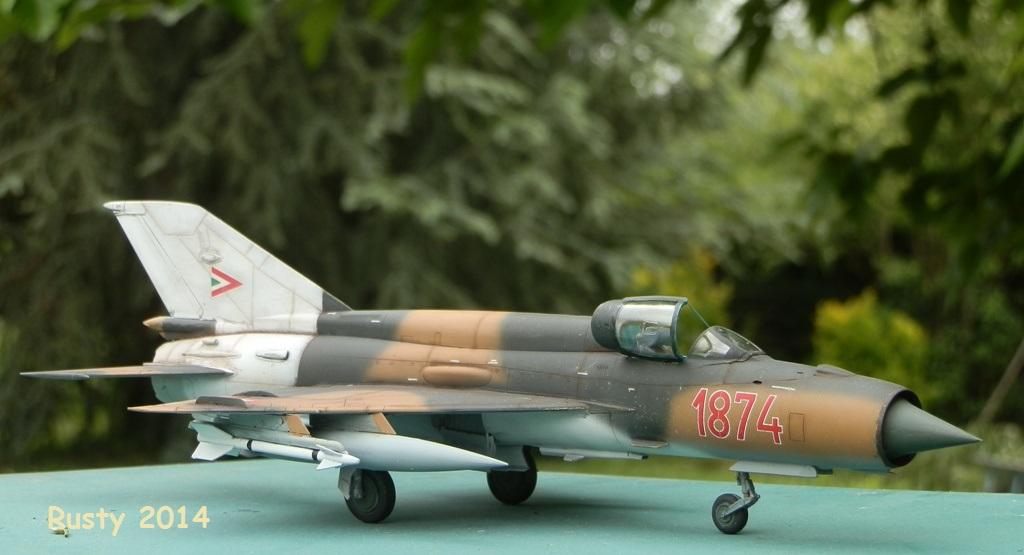 Mig-21 bis [1/48 Eduard Week End] P5100011