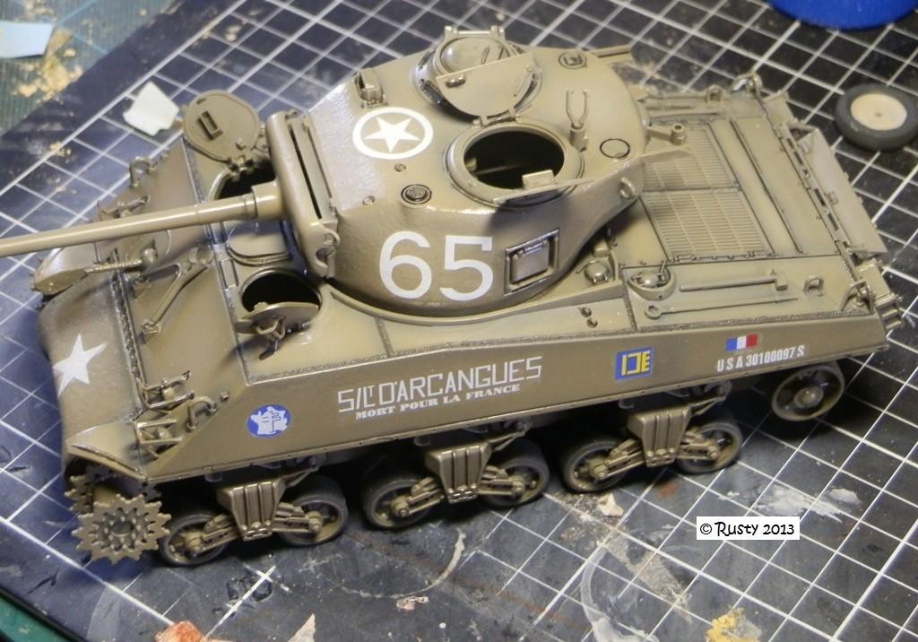 M4A3 (76) S/Lt d'Arcangues 12eme RCA [Italeri 1/35 ref.6440] Pa133312