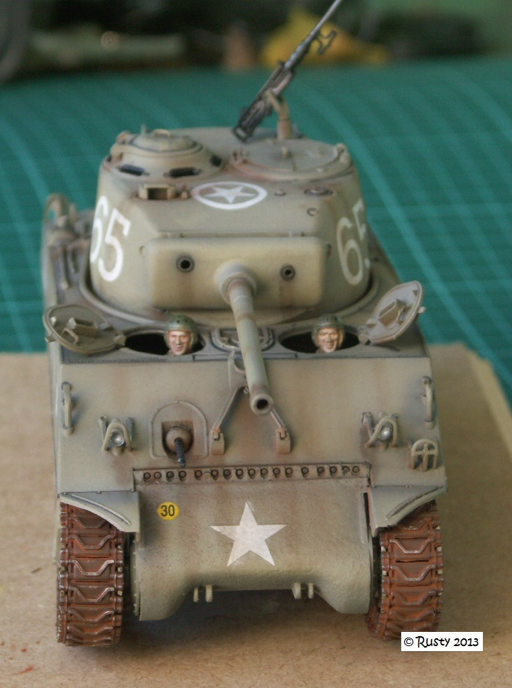 M4A3 (76) S/Lt d'Arcangues 12eme RCA [Italeri 1/35 ref.6440] Pict0013