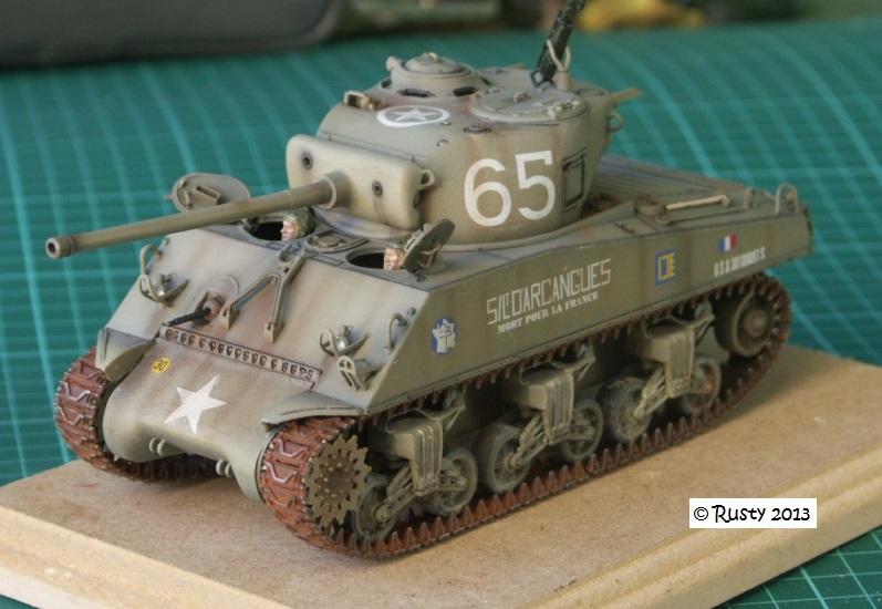 M4A3 (76) S/Lt d'Arcangues 12eme RCA [Italeri 1/35 ref.6440] Pict0014