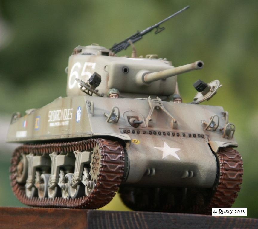 M4A3 (76) S/Lt d'Arcangues 12eme RCA [Italeri 1/35 ref.6440] - Page 2 Pict0016
