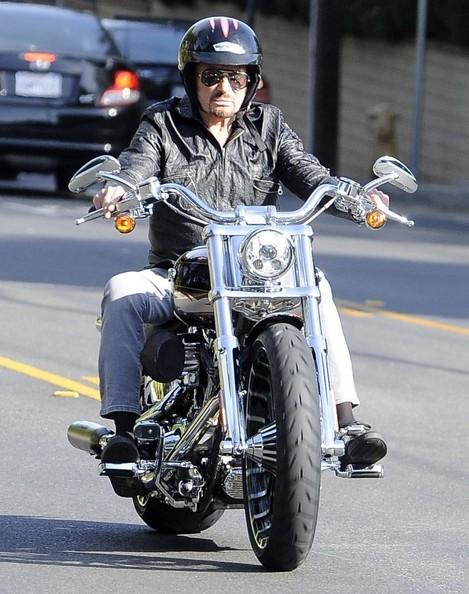 Johnny en moto 23/O4/2014  Johnny52