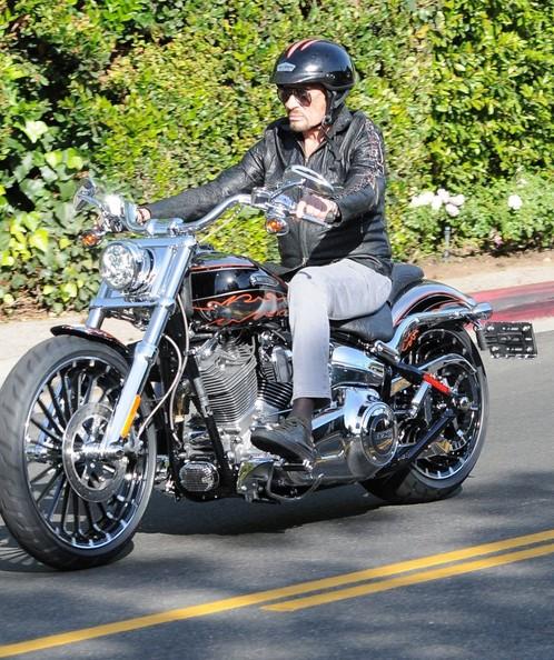 Johnny en moto 23/O4/2014  Johnny54