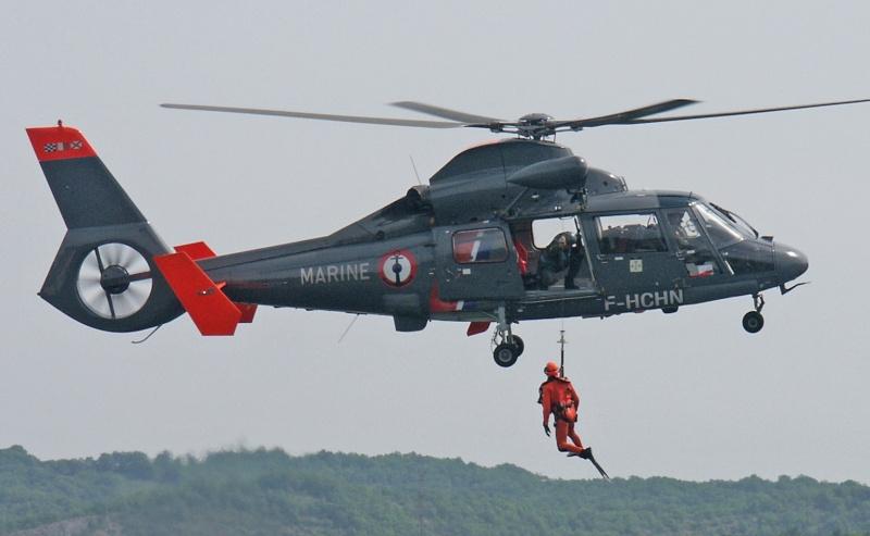 [ Aéronavale divers ] Hélicoptère DAUPHIN - Page 4 Helitr10